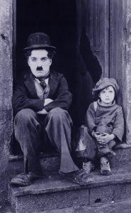 צ'פלין ועולם הילדים | עם דנה קסלר | פורים
