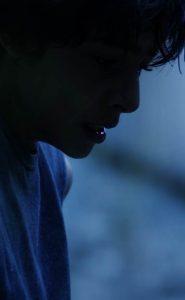 נער על הגשר | לגילאי 13+