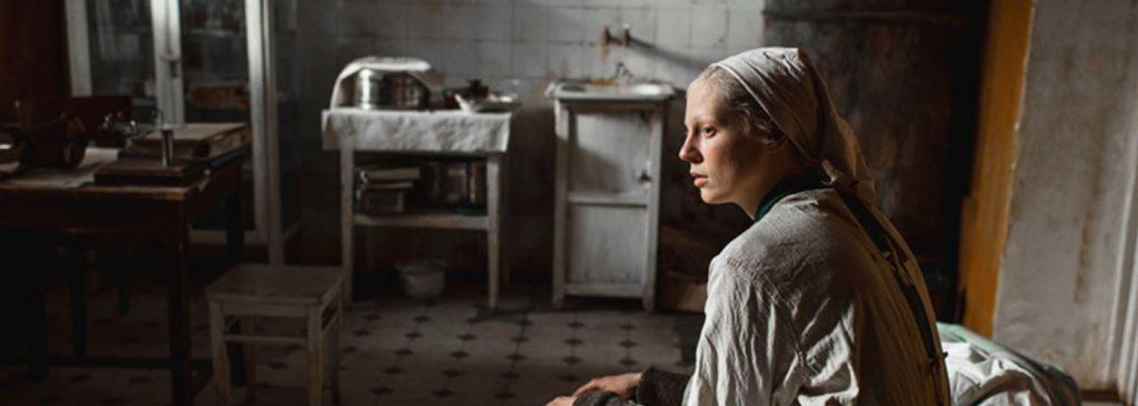ביקורת סרט: נערה גבוהת קומה | במאי – קנטמיר בלגוב
